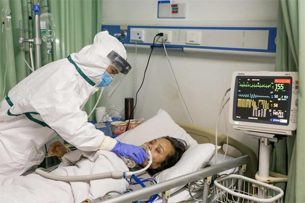 Hội chứng lạ khiến bệnh nhân Covid-19 nặng như phi công Anh khó bình phục