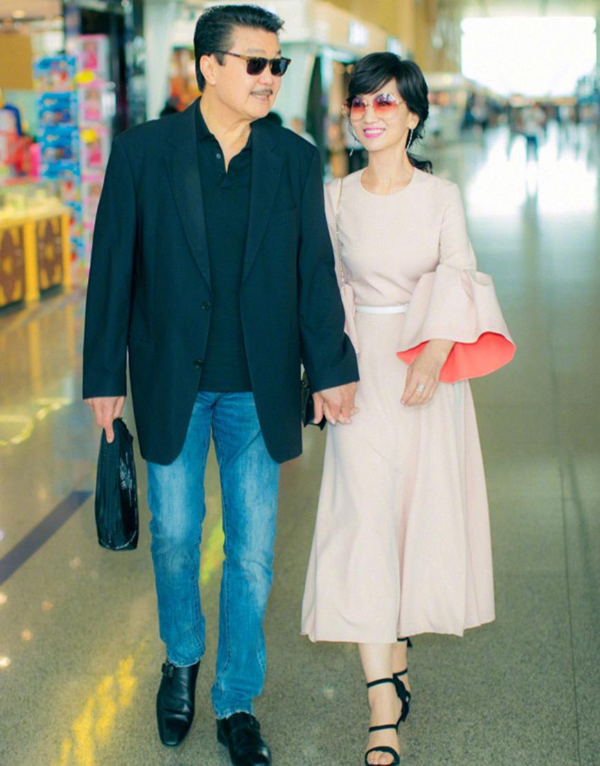 Minh tinh Triệu Nhã Chi: Cựu tiếp viên hàng không hạnh phúc bên chồng doanh nhân
