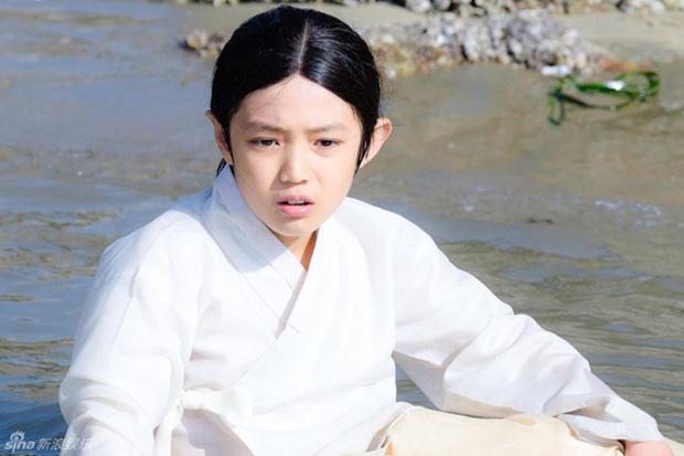 Điều ít biết về diễn viên ít tuổi nhất 'Thế giới hôn nhân'