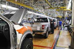Lỗ 1,8 tỷ USD, tập đoàn ô tô FCA rục rịch mở cửa nhà máy tại thị trường Bắc Mỹ