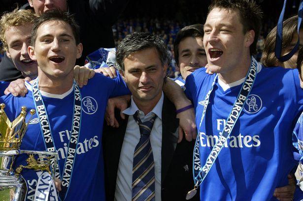 Ngày này năm xưa: Mourinho lên đỉnh cùng Chelsea