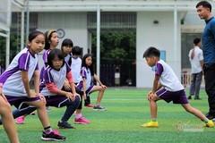 Đến trường giữa mùa hè, trẻ có phải học thể dục giữa nắng nóng?