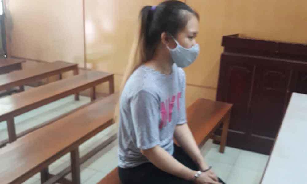 Giết người tình, nữ hung thủ ngỡ ngàng khi được 'tình địch' xin giảm án