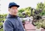 Bằng Kiều cắt tỉa và tạo dáng vườn cây cảnh bonsai đồ sộ ở Mỹ