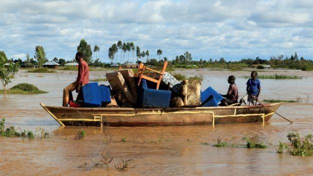 Kenya and Uganda hit by deadly flooding