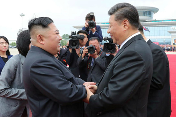 Kim Jong Un chúc mừng Chủ tịch TQ chống Covid-19 thành công