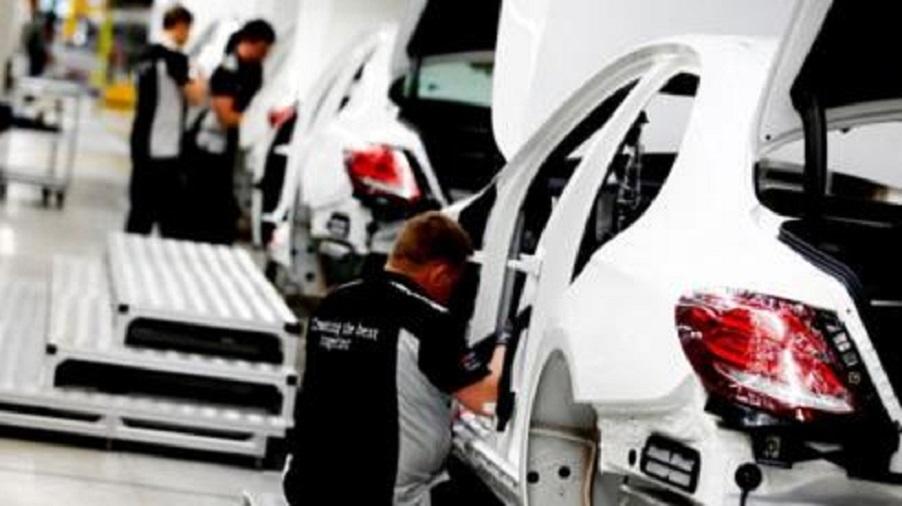 Mercedes, Nissan và Porsche tại Hàn Quốc dính bê bối gian lận khí thải