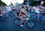 Sự kiện đạp xe khoả thân lớn nhất thế giới vẫn diễn ra theo cách riêng trong mùa Covid
