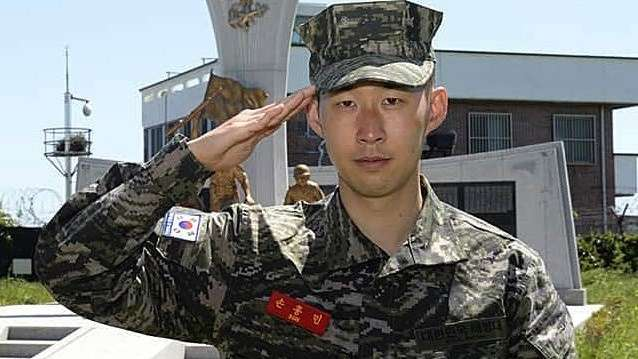 Son Heung-min hoàn thành xuất sắc khóa học quân sự