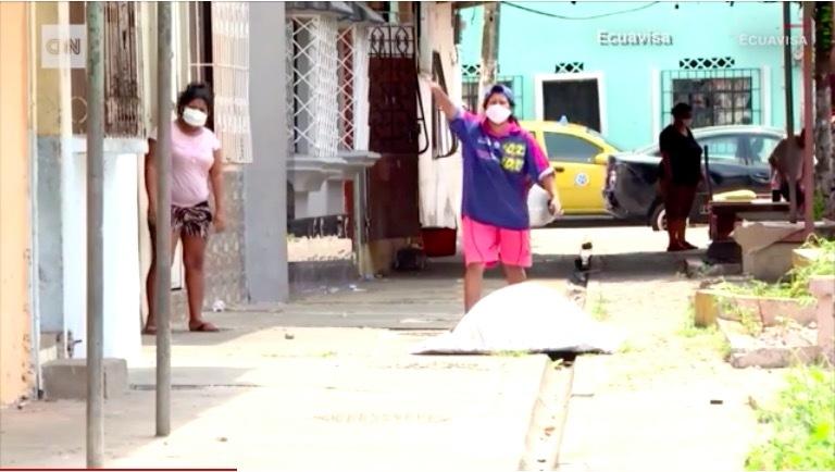 Thảm cảnh kinh hoàng do dịch Covid-19 gây ra ở Ecuador