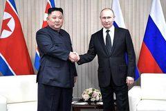 Kim Jong Un chúc mừng Putin nhân kỷ niệm chiến thắng phát xít