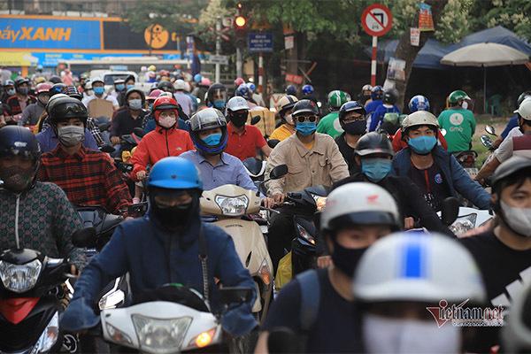 Bộ Giao thông đề xuất xe máy phải bật đèn vào ban ngày