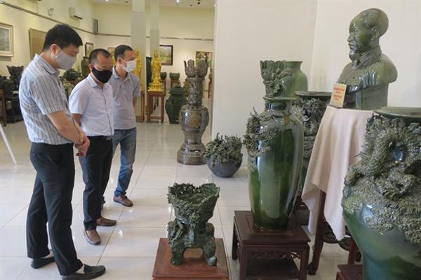 Historic photos of Hai Phong City displayed