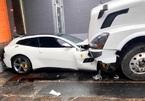 Bị sa thải, tài xế cay cú lái container đè nát siêu xe Ferrari của chủ