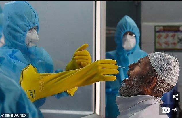 Dược sĩ tử vong vì uống thuốc tự chế chữa Covid-19
