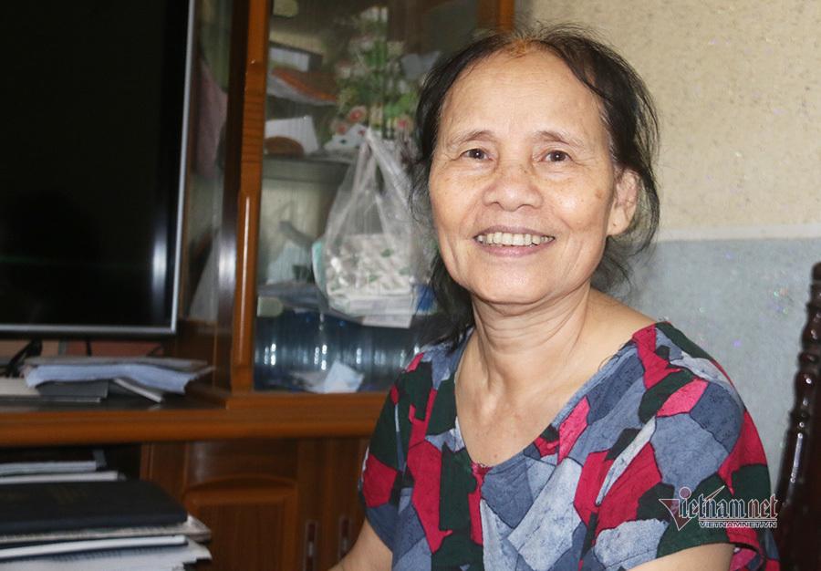 Nhặt nhạnh từ 20 nghìn, cụ bà 69 tuổi 'nuôi lợn' dành tiền làm từ thiện