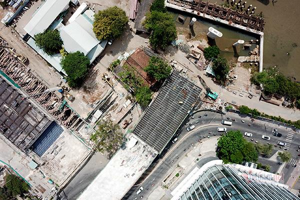 Tiến độ cây cầu nghìn tỷ có biểu tượng cổng chào Thủ Thiêm nhìn từ trên cao