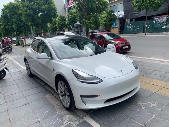 Loạt ô tô điện thời đại mới về Việt Nam gây sốt