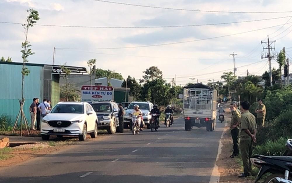 Vụ xe bán tải cháy rụi có thi thể bên trong, bắt khẩn cấp bí thư xã