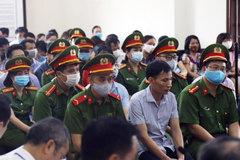 Nước mắt cựu Trưởng phòng khảo thí vụ gian lận điểm thi ở Hòa Bình