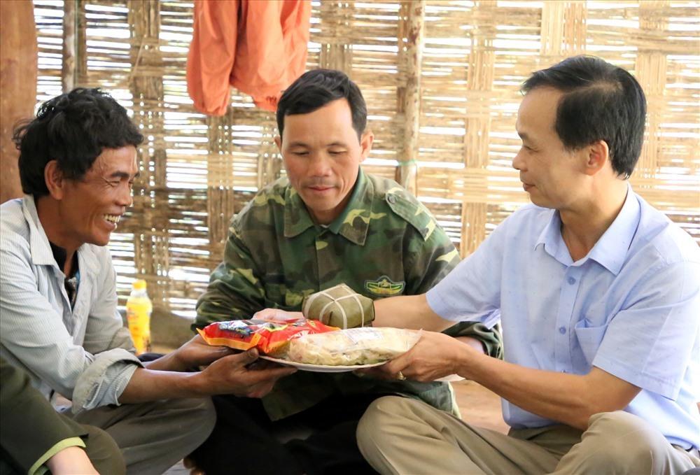Dân vùng lõi Quảng Trị thoát nghèo bền vững nhờ dựng chòi bảo vệ rừng