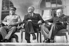 Tiết lộ những thỏa thuận tại 'Hội nghị Tam cường' đầu tiên