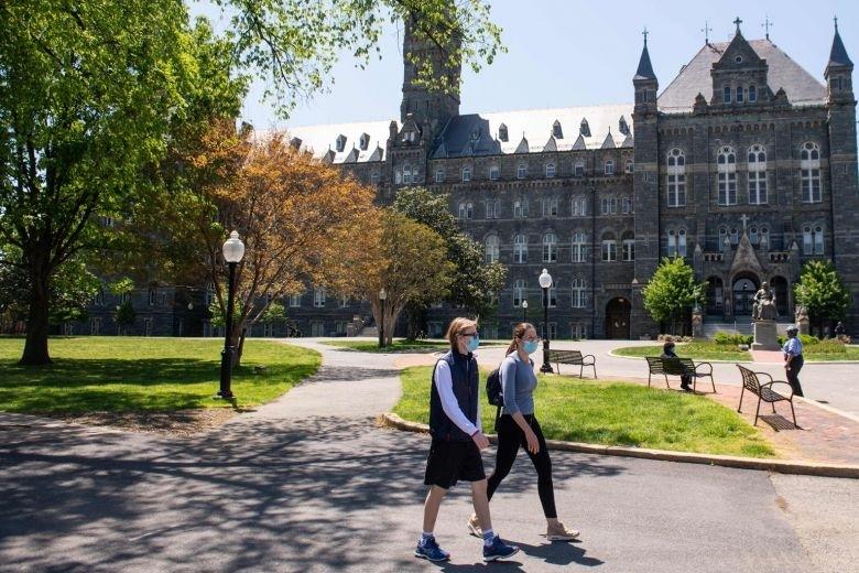 Hơn 50 trường học Mỹ bị kiện vì học phí trong mùa dịch Covid-19