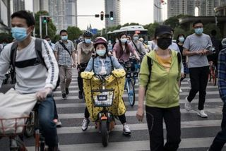 Coronavirus: Wuhan draws up plans to test all 11 million residents