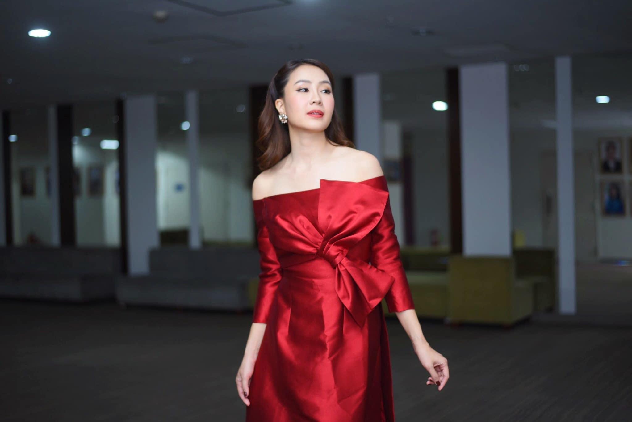 Hồng Diễm: Đôi khi tôi thấy nhàm chán với dạng vai hiền lành, cam chịu