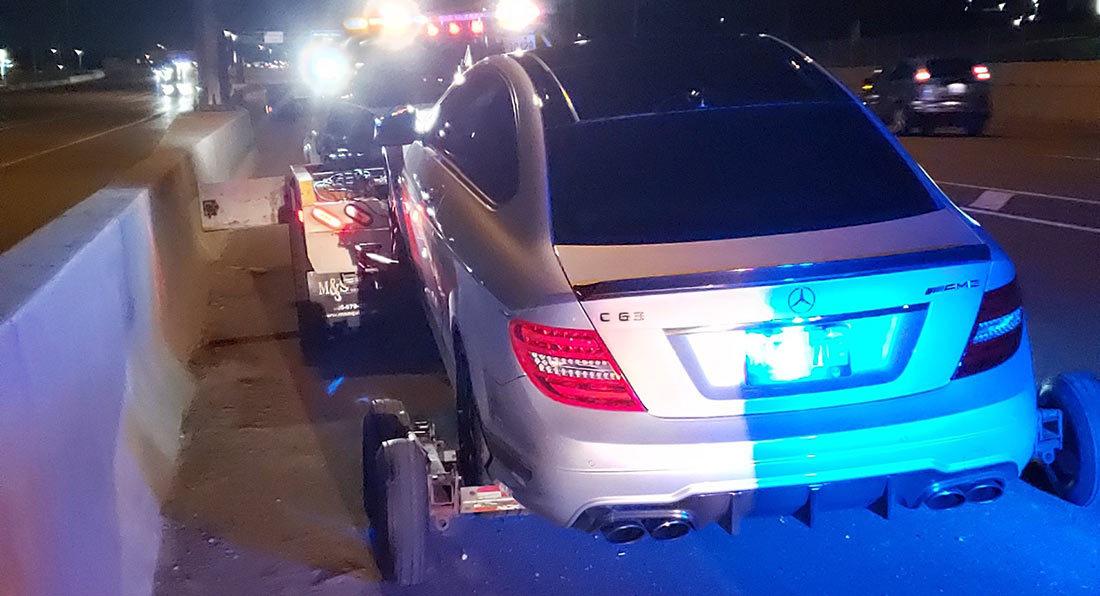 Thanh niên 19 tuổi phóng xe 300 km/h có thể bị ngồi tù 6 tháng, tước bằng lái 2 năm