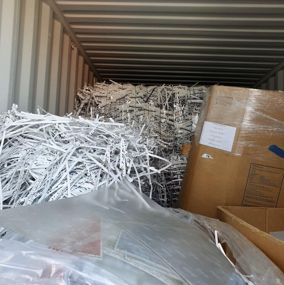 TPHCM: Buộc tái xuất hơn 1.000 container phế liệu, rác thải độc hại