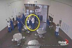 Nhiều tù nhân Mỹ cố tình tự mắc Covid-19 để được thả sớm