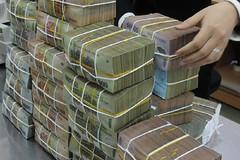Quy định về cách thức tiêu hủy tiền không đủ chuẩn lưu thông