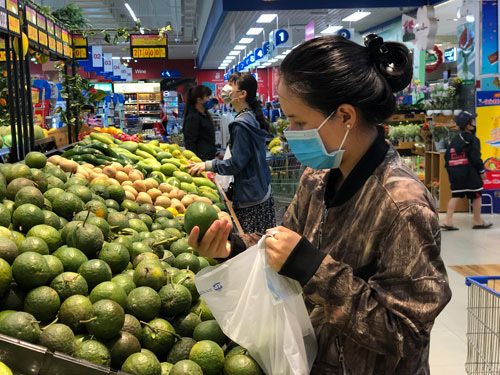 VN Trade Ministry considers selling farm produce online to China