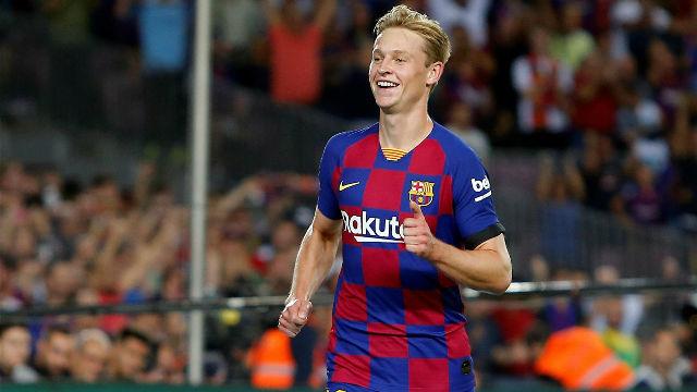 MU có hợp đồng đầu tiên, Barca tuyên bố gắt Juventus