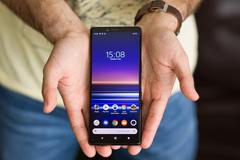Doanh số điện thoại Sony xuống đáy, bán cả quý chưa bằng Samsung bán 1 ngày