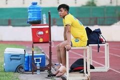 Phan Văn Đức lại chấn thương, HLV Park Hang Seo lo sốt vó