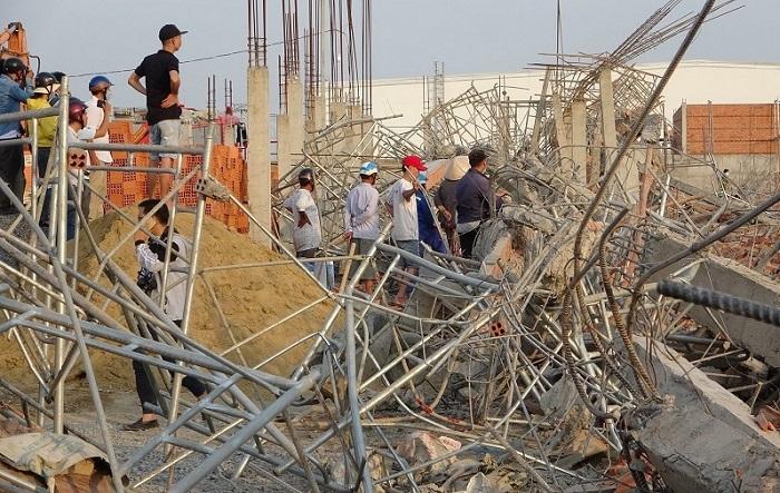 Giám đốc đơn vị thi công vụ sập tường 10 người chết bị khởi tố