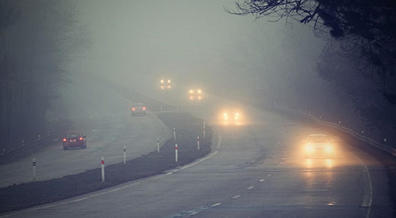 Không chỉ xe máy, nhiều nước bắt buộc mọi loại xe bật đèn 24/24h