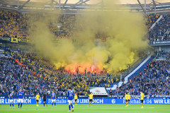 Bundesliga trở lại: Cuộc mạo hiểm giữa dịch Covid-19