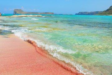 Những bãi biển màu hồng dành cho du khách ưa lãng mạn