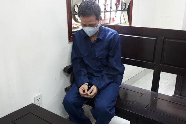 Dâm ô bé gái, cựu cán bộ Trung tâm hỗ trợ xã hội lãnh 4,5 năm tù