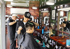 Barber truck offers free haircuts to people in need