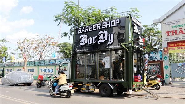 HCM City,barbershop,barber truck,free haircuts