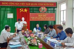 Cách tất cả chức vụ trong Đảng của Chủ tịch Hội Chữ thập đỏ Vĩnh Long