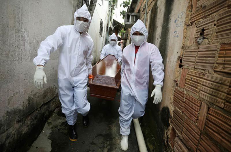 Toàn cầu hơn 4,6 triệu người nhiễm Covid-19, Iran lại hứng đau thương
