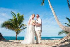 Cô dâu giảm 77kg để tổ chức đám cưới lần 2 như trong mơ