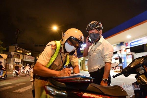 10 ngày ra quân tổng kiểm tra phương tiện, cảnh sát TP.HCM phạt gần 6 tỷ