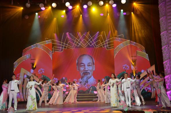 Nhiều nghệ sĩ tham gia đêm nhạc mừng sinh nhật Bác