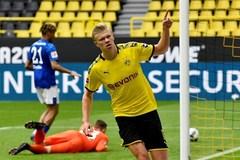 """Haaland chói sáng, Dortmund đe dọa """"Hùm xám"""""""